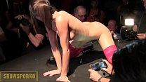 Guy from public and brunette teen pornstar on stage Vorschaubild