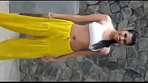 hot dance girl on bra and salwar