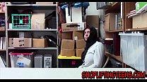 Arabic shoplifter sucks صورة