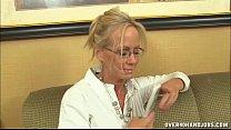 desi xxx mobile - Naughty Mature Lady Loves Jerking thumbnail