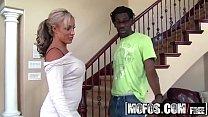 (Carmen Jay) - Milfs Like bbcs - MOFOS Thumbnail