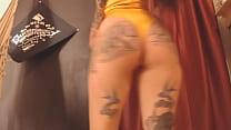Nalgas Calientes De Chica Webcam Tatuada Bailan Muy Sensual