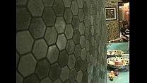 Чешская девушка дала парню в туалете без проблем