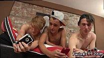 นวดเกย์สามหนุ่มฝรั่งเกย์นัดกันมาเล่นเสียวอัดตูดกันสวิงกิ้งเป็นวงกลมเลย