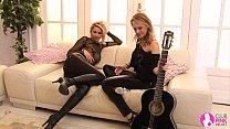 Image: Viv Thomas Lesbian HD - Rock Chicks!