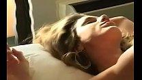 Порно видео онлайн красавица с большими упругими сиськами