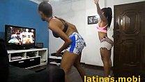 Duas Gostosas Dançando no xbox - www.latinas.mobi pornhub video