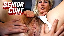 Free download video bokep Horny milf Marta a lot of squirting during puss...