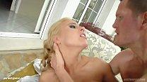 Nikky Thorn gets anal sex Perfect Gonzo style by Ass Traffic Vorschaubild