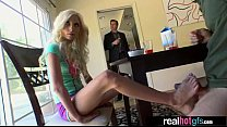 Screenshot Horny Naught y GF (piper perri) Perform Sex In F...