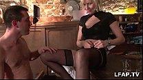 Mature et libertine francaise baisee dans un bar Vorschaubild