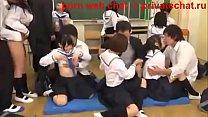 12939 yaponskie shkolnicy polzuyuschiesya gruppovoi seks v klasse v seredine dnya (1) preview