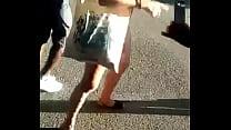 Ragazza nuda per le strade di Bologna 2 thumb