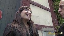 6949 Bindiya rencontrée dans la rue accepte de se faire baiser preview