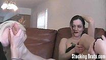 Сестра увидела спящего брата порно
