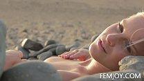 Nude Art C Cup Teen Marry Queen On The Beach
