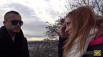 HUNT4K. Rothaarige für Geld vor ihrem Freund gefickt Vorschaubild