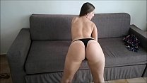 Sexy Jennifer Sucking Big Dick