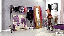 Glamour porn masterpiece shows curvy Jasmine Jae banged by hard veiny dick