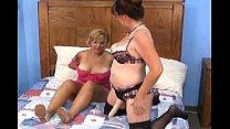 amateur housewifes thumbnail
