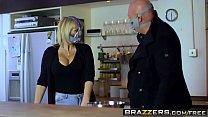 Brazzers - Pornstars Like it Big - Ella Hughes Danny D - Meme Lover (Parody) Vorschaubild