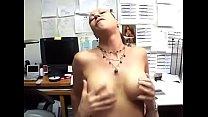 Ehefrau erwischt ihren Mann beim fremdgehen und macht mit -- Hardsex Vorschaubild