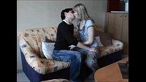 Порно дрочит голую маму
