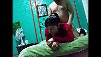 Жена накачивает помпой член мужу