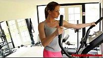 Workout slut facialized at the gym