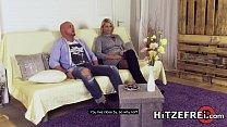 HITZEFREI Tatjana found a guy to fuck on a dating app Vorschaubild