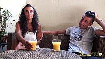 Jeune beurette se fait défoncer par son copain thumbnail