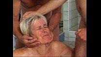 Granny piss and fuck at pool and sauna Vorschaubild