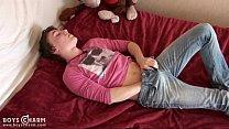Incredibly cute gay boy boasts his sexy teen looks thumbnail