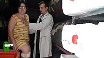 Haciendole la revision de coño a la gorda GUI00211 pornhub video