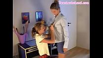 Ппорно мать застукала отца и дочь