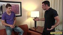 Порно видео гей уговорил друга по сасать