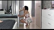 Sexy milf webcam model - WemSex.ru Vorschaubild