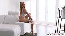 Loveherfeet - Oily Moka Mora Gives An Orgasmic Footjob