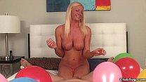 ct-Super hot blonde milf POV handjob