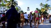 Miami girls OMG Becky look...-JWwqFC2gHIk