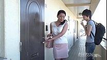 童貞狩り ~3000人斬りまたがり熟女~ preview image