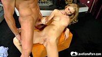 Массаж порно с красивой блондинки