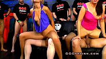 Babes gives cumswap and cumswallow