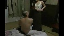 Japanese កូនចុយគ្នាជាម្តាយ ពេលប៉ាមិននៅផ្ទះ porn image