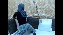 Hijabi twerk in