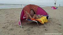 Redhead Nederlander Threesome On The Beach [네덜란드 Dutch]