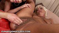 Зрелым бабам кончаю в рот