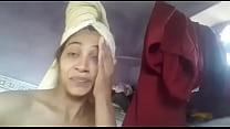 Desi girl showing body
