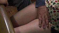 جب میرا شوہر چلا گیا تو انسان مجھے مرگا دیتا ہے pornhub video
