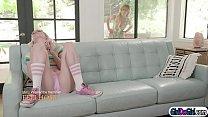 Дочка лижет маме волосатую жопу видео